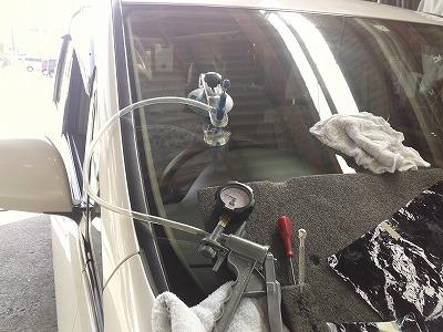フロントガラスの修理